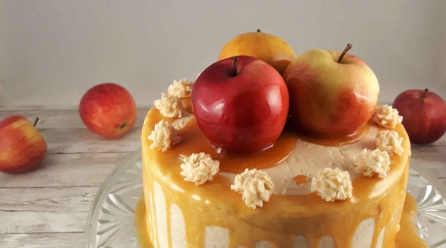 Karamelltorte mit Apfel
